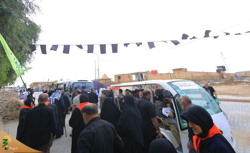 تصویر رونمایی از خودروهای برقی جدید در حرم امامین عسکریین