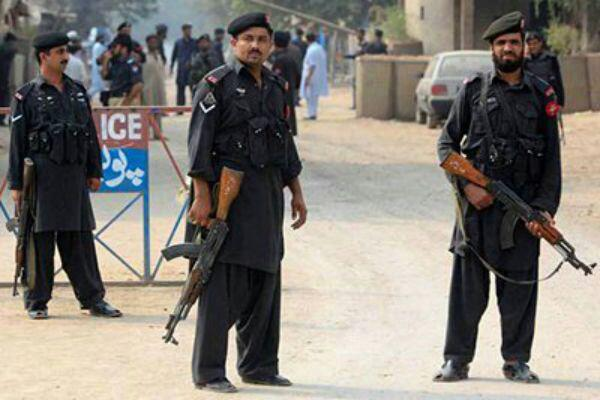 تصویر قربانی شدن پنج نظامی پاکستان در حمله افراد مسلح