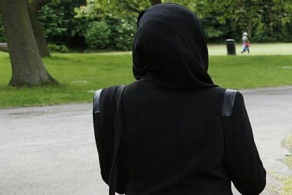 تصویر برگزاری جلسه دادگاه «کبک» کانادا برای لغو قانون ضد حجاب