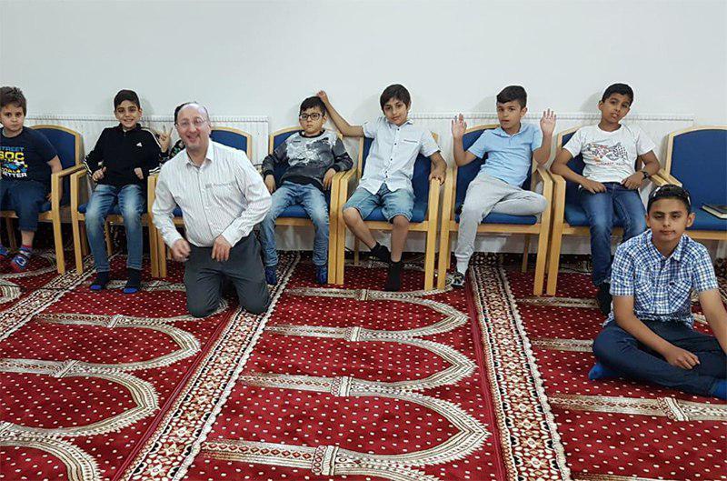 تصویر آغاز فعالیت مدرسه امام حسن مجتبی علیه السلام در شهر استکهلم سوئد
