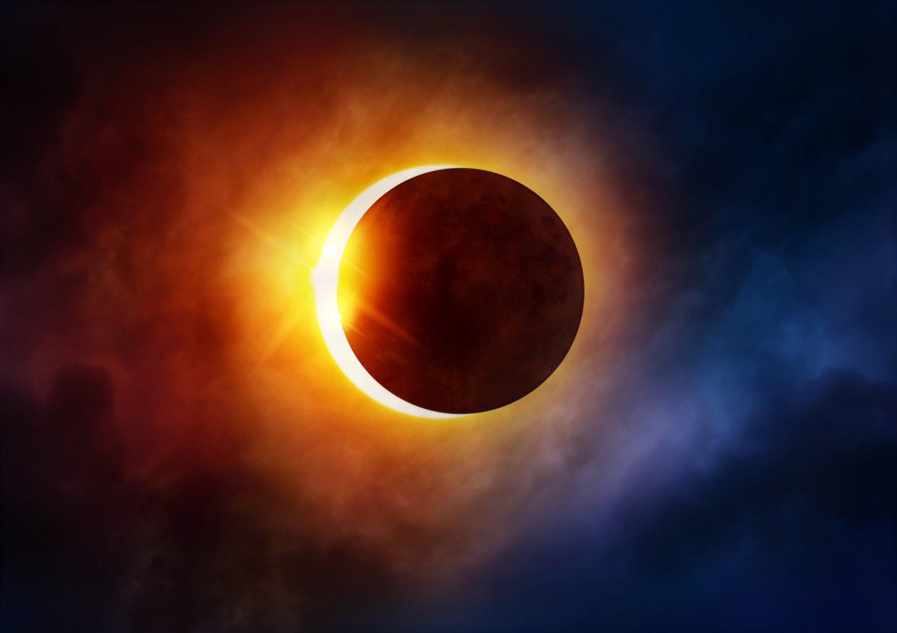 تصویر پنجشنبه خورشید می گیرد