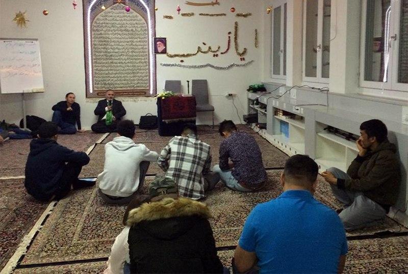 تصویر گوشه ای از فعالیت های مرکز حضرت فاطمه زهرا سلام الله علیها در سوئیس