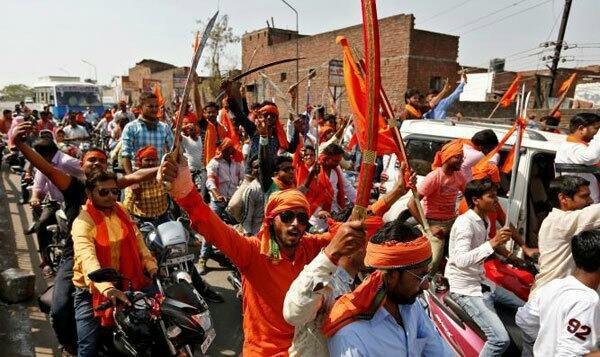 تصویر حمله هندوهای افراطی به تجمع اعتراض آمیز مسلمانان هند