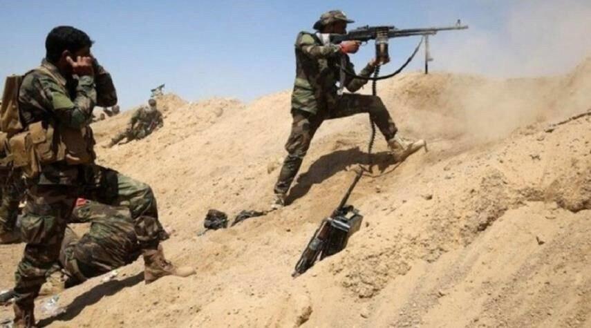 تصویر دفع حمله گروه تروریستی داعش به جنوب سامراء