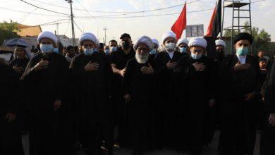 تصویر حضور آیت الله العظمی بشیر النجفی در پیاده روی اربعین حسینی