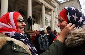 تصویر همزمان با انتخابات آمریکا؛ 57 مسلمان در انتخابات شورای شهر ایالتها پیروز شدند