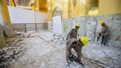 تصویر آغاز عملیات سنگفرش کردن ایوان طلای حرم مطهر عباسی