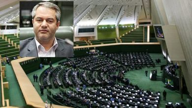 تصویر اعتصاب نماینده مجلس ایران در اعتراض به ربا