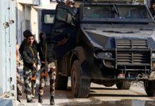 تصویر حمله خودروهای زره پوش سعودی به منازل شیعیان