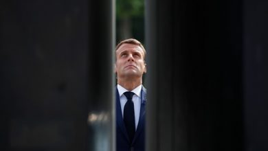 تصویر انتقاد مسئولان ۷۰ شهر فرانسه از سیاست های اسلام ستیزانه دولت