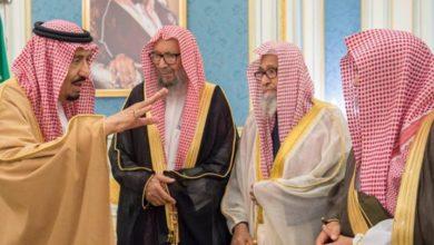 تصویر انتقاد شدید از شیوخ وهابی سعودی بدلیل حمایت از ارتباط با اسرائیل