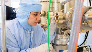 تصویر یک تیم تحقیقاتی به سرپرستی یک دانشمند مسلمان برنده جایزه فیزیک جهانی شد