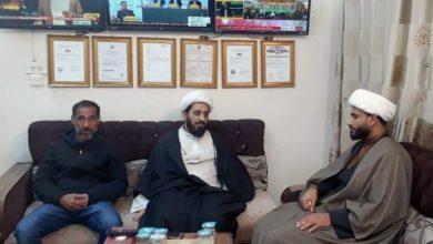 تصویر هیئت نمایندگی مؤسسه أنوار الجوادین علیهما السلام با مدیران مراکز مرتبط با مرجعیت در کربلا