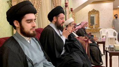 تصویر شرکت آیت الله سید احمد شیرازی در مراسم عزای فاطمی در کویت