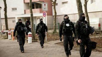 تصویر یورش گسترده پلیس آلمان به خانه سلفیها در برلین