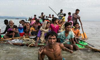 تصویر درخواست سازمان ملل برای نجات پناهجویان روهینگیایی سرگردان در دریا