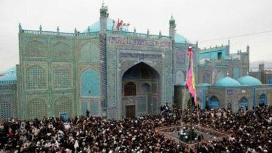تصویر کمربند امنیتی در مزار شریف برای تأمین امنیت روضه منسوب به حضرت علی علیه السلام
