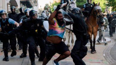تصویر عضو مسلمان کنگره: پلیس آمریکا ذاتاً نژادپرست است