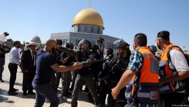 تصویر وقوع درگیری های شدید میان فلسطینیان با اسرائیلی ها در نزدیکی مسجد الاقصی