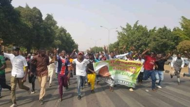 تصویر ادامه تظاهرات هواداران شیخ زکزاکی در پایتخت نیجریه