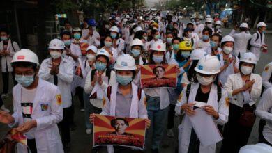 تصویر انقلاب خاموش در میانمار؛ اعتصاب دهها هزار کارگر برای فشار به کودتاچیان