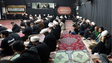تصویر برگزاری مراسم شب های قدر و عزاداری شهادت حضرت علی علیه السلام در بیت مرجعیت شیعه