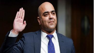 تصویر انتصاب اولین قاضی مسلمان به عنوان قاضی فدرال در آمریکا
