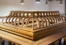 تصویر پایان ساخت سازه چوبی ضریح حرم حضرت زینب سلام الله علیها