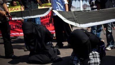 تصویر چهل نوجوان شیعه عربستانی در آستانه اجرای حکم اعدام
