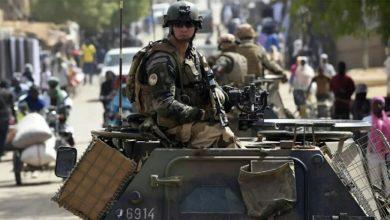 تصویر بازداشت یکی از فرماندهان ارشد داعش توسط نیروهای فرانسه
