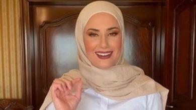 تصویر اخراج معلم لبنانی از مدرسه فرانسوی بیروت به دلیل حجاب