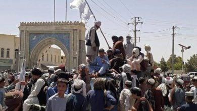 تصویر سقوط مزار شریف به دست سنی های تندروی طالبان