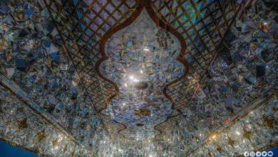 تصویر آغاز آینه کاری سقف سرداب امام جواد علیه السلام در آستان مقدس عباسی